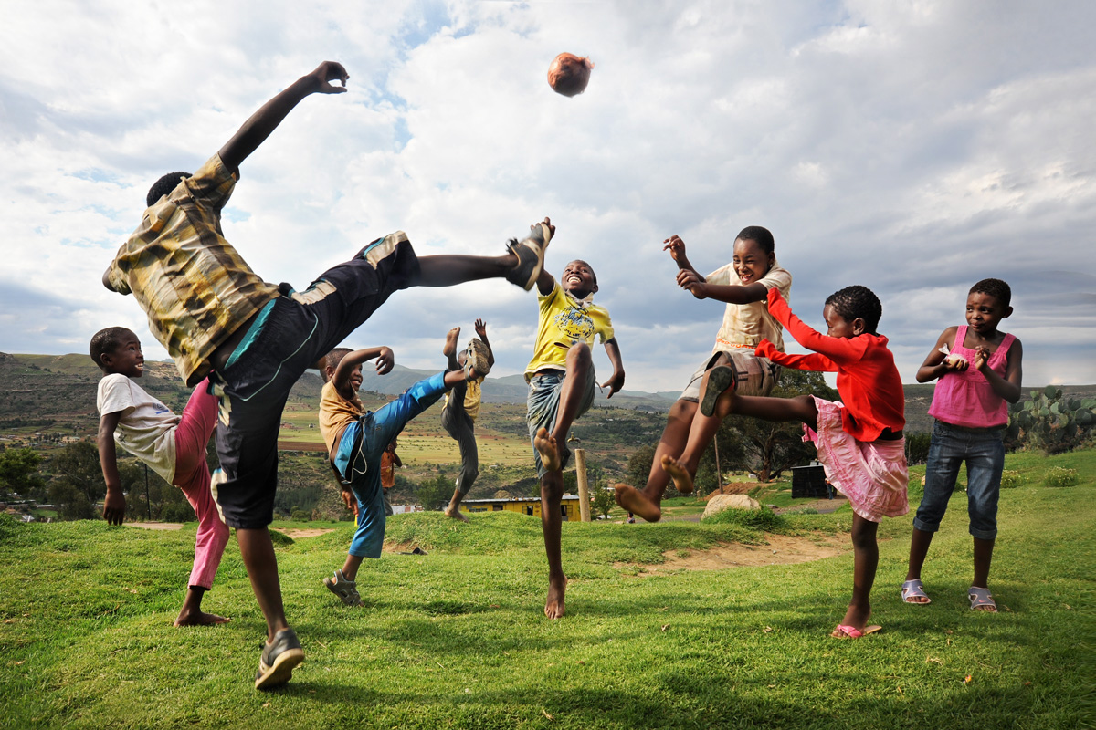 lesotho-games-quthing-children-david-lazar