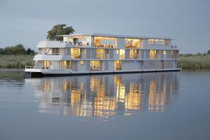 zambezi-queen-river-cruise