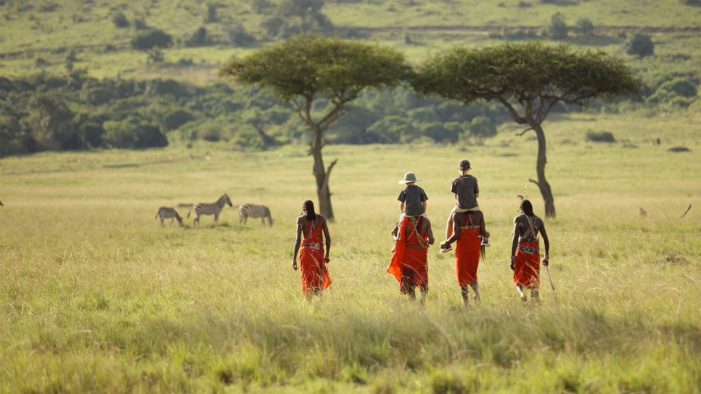 Visit Africa : Eye See Africa - Masai men family safari