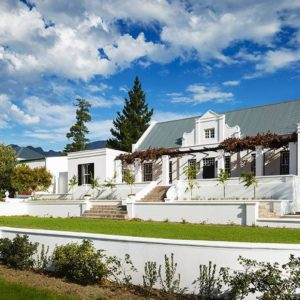 manor-house-1-1440x610