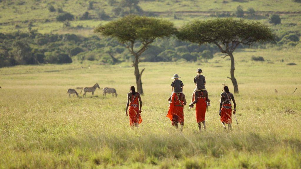 Visit Africa : Eye See Africa - Masai men family safari