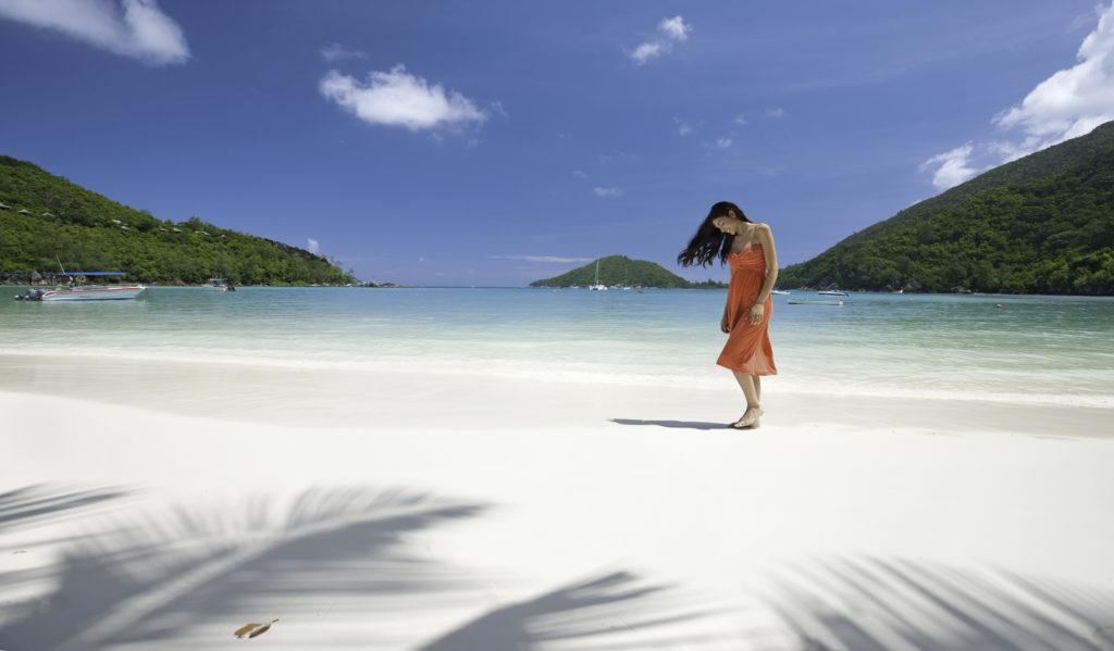 Visit Africa : Eye See Africa - Seychelles beach