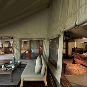 Linyanti-Ebony-Chobe-Enclave-Botswana-Bedroom-2-1200x750